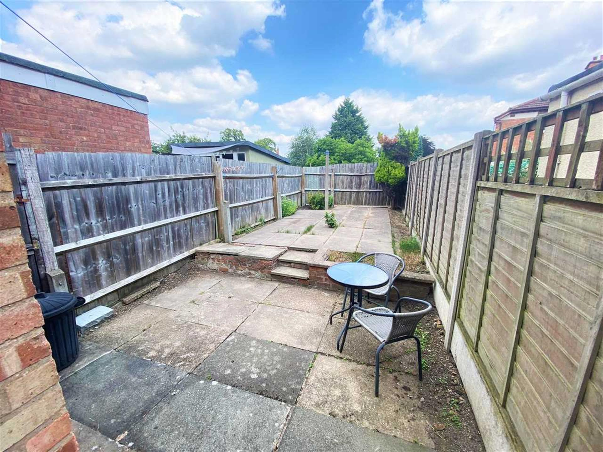 2 Bedroom Terraced House To Rent - Image 6