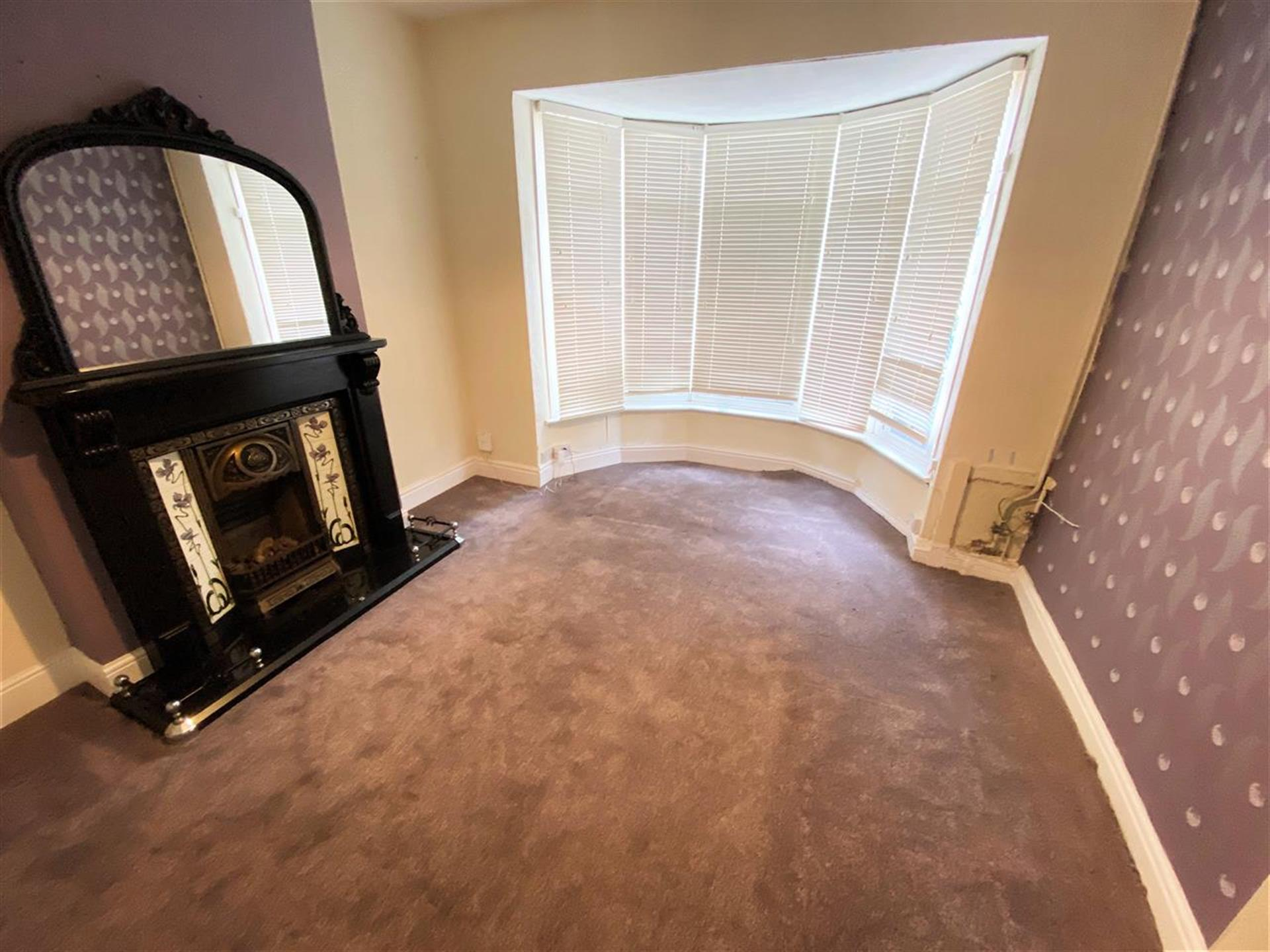 3 Bedroom Terraced House To Rent - Image 1