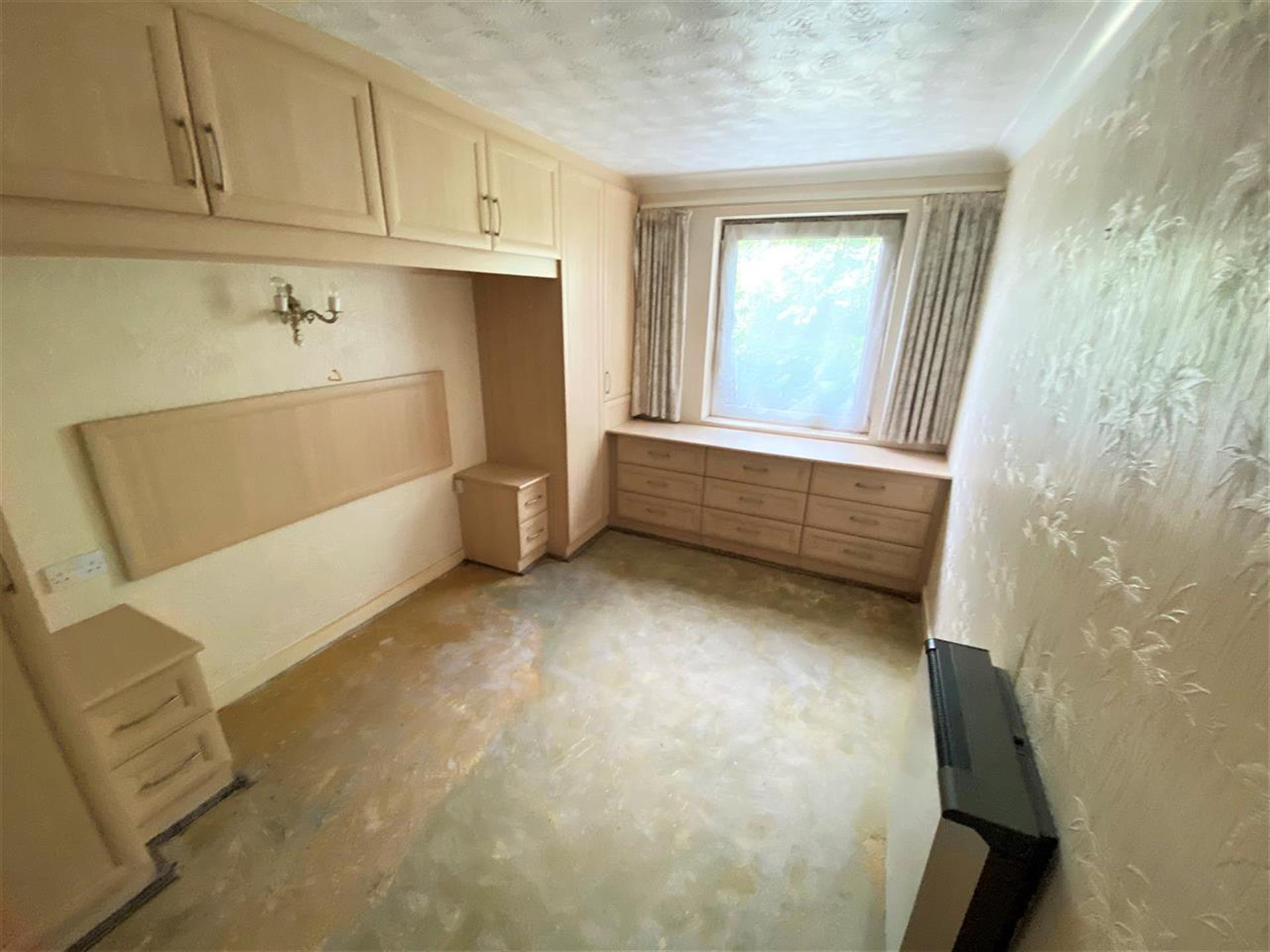 1 Bedroom Apartment Flat / Apartment For Sale - Bedroom