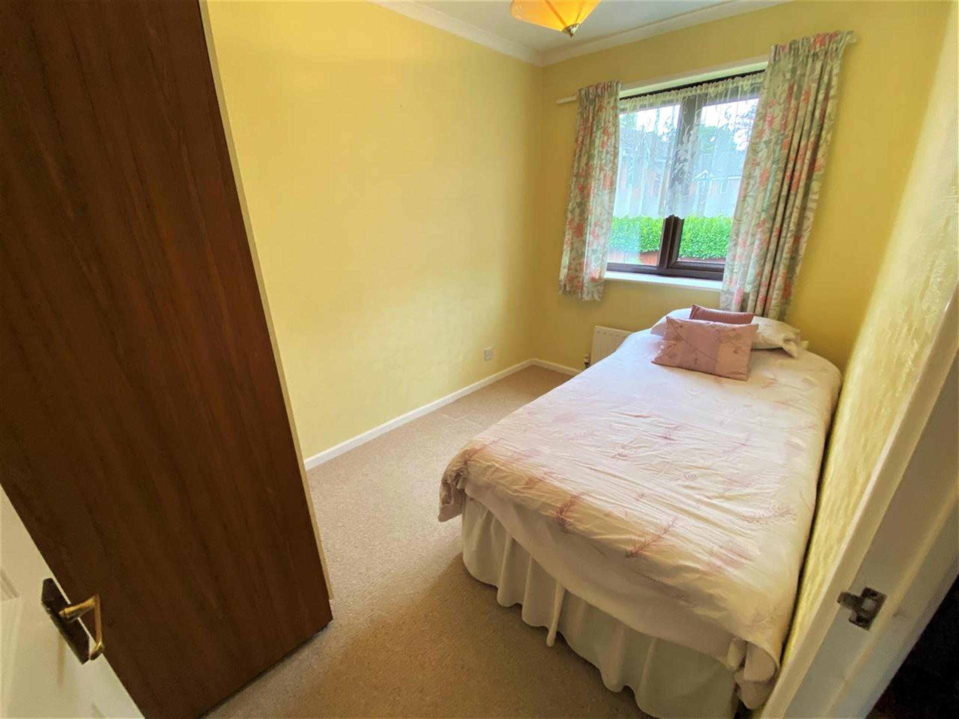 2 Bedroom Semi-detached House For Sale - Bedroom Two