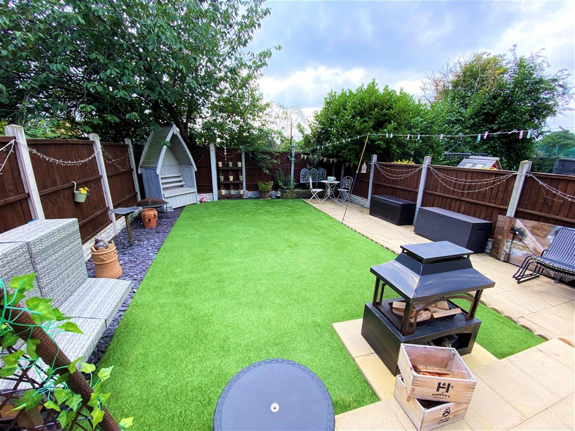 2 Bedroom Terraced House For Sale - Image 14