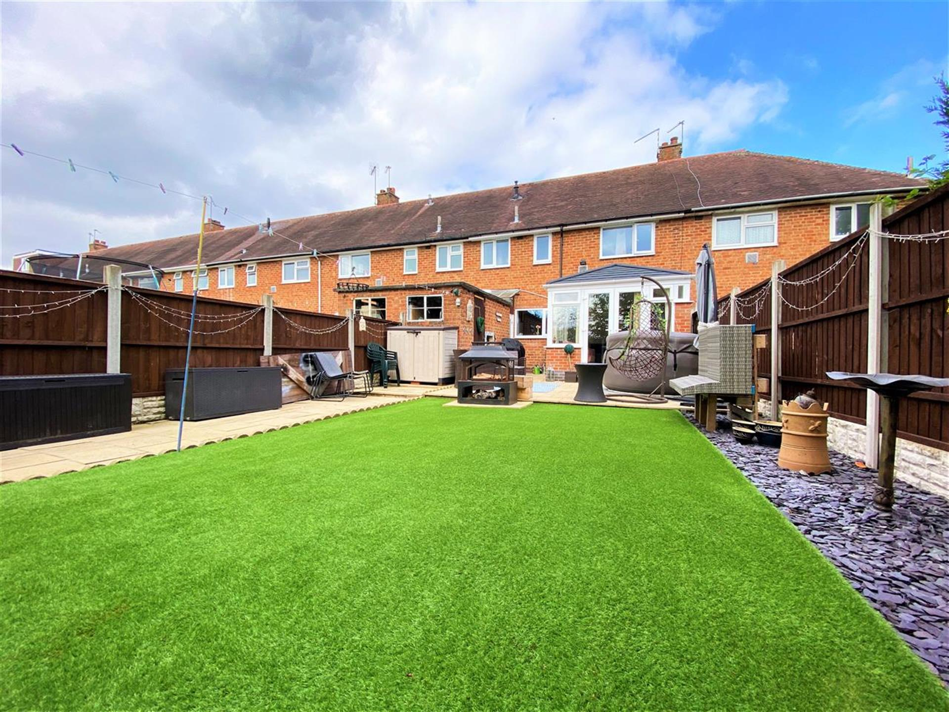 2 Bedroom Terraced House For Sale - Image 15