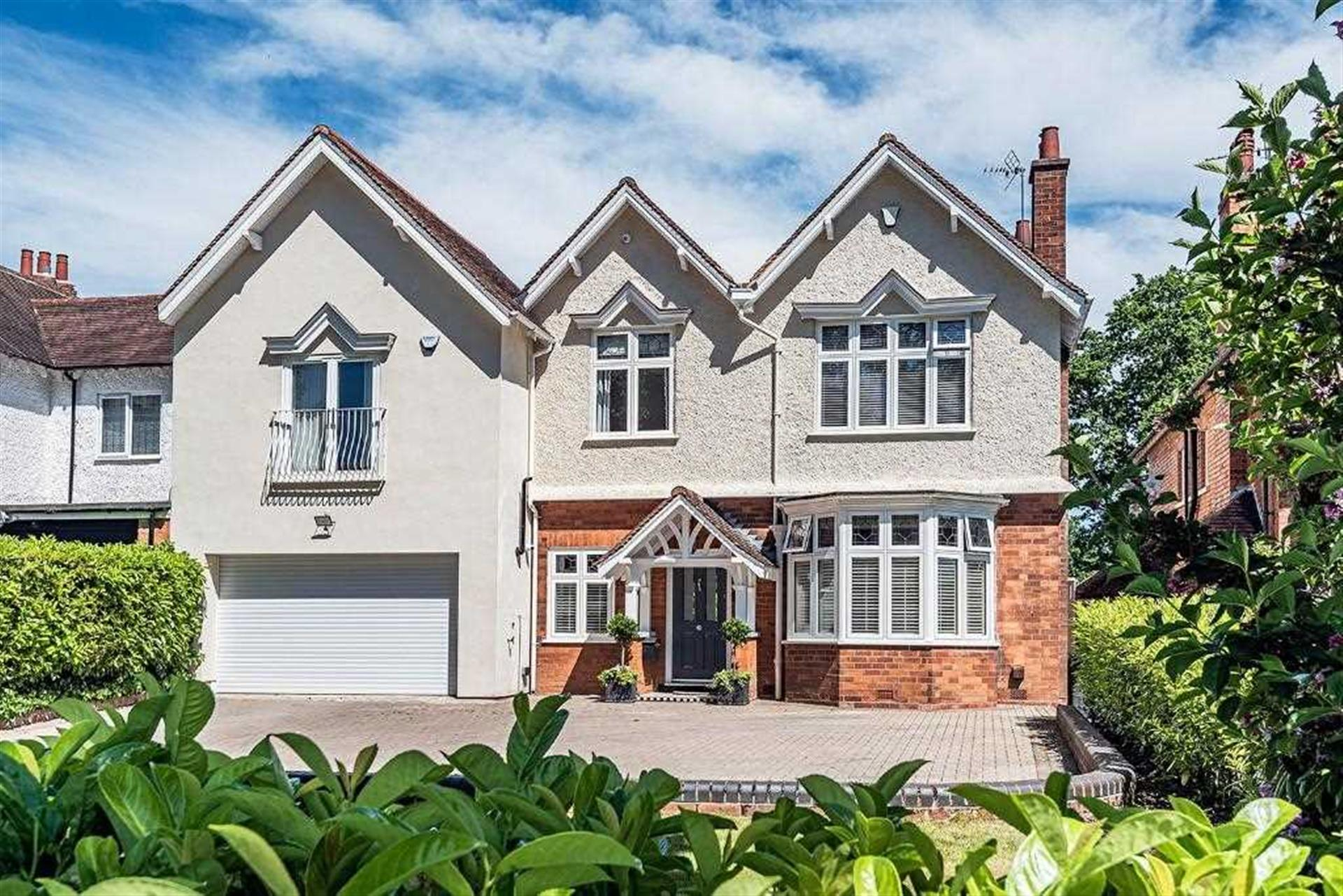 4 Bedroom Detached House To Rent - Main Picture