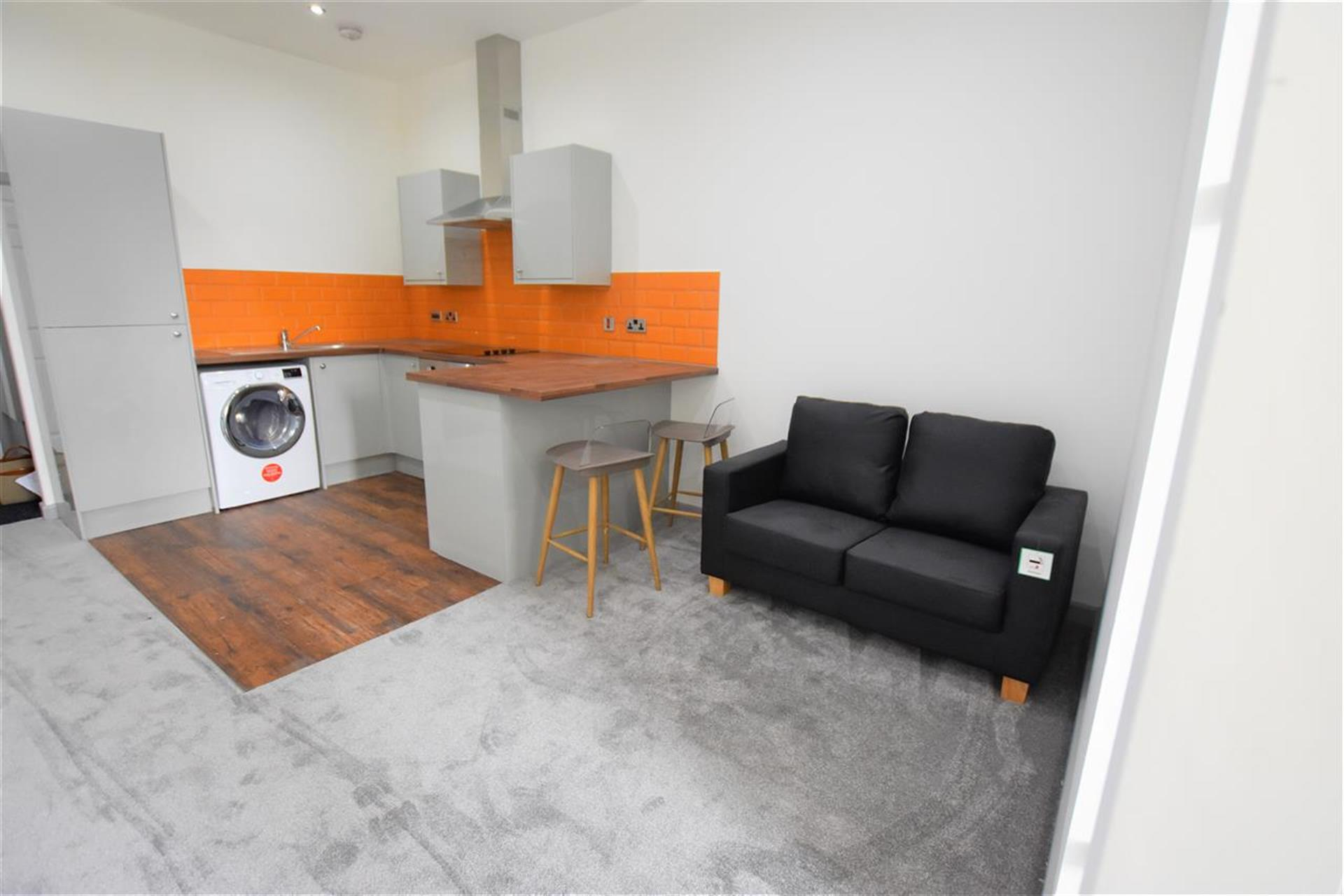 1 Bedroom Apartment Flat / Apartment To Rent - Main Picture