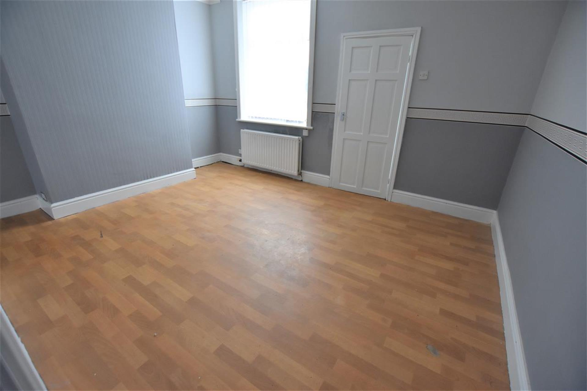 2 Bedroom Terraced House To Rent - Reception Room Two