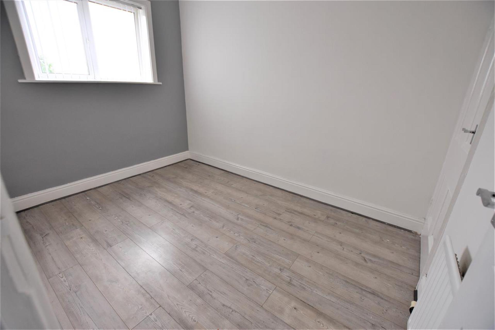 2 Bedroom Terraced House To Rent - Second Bedroom