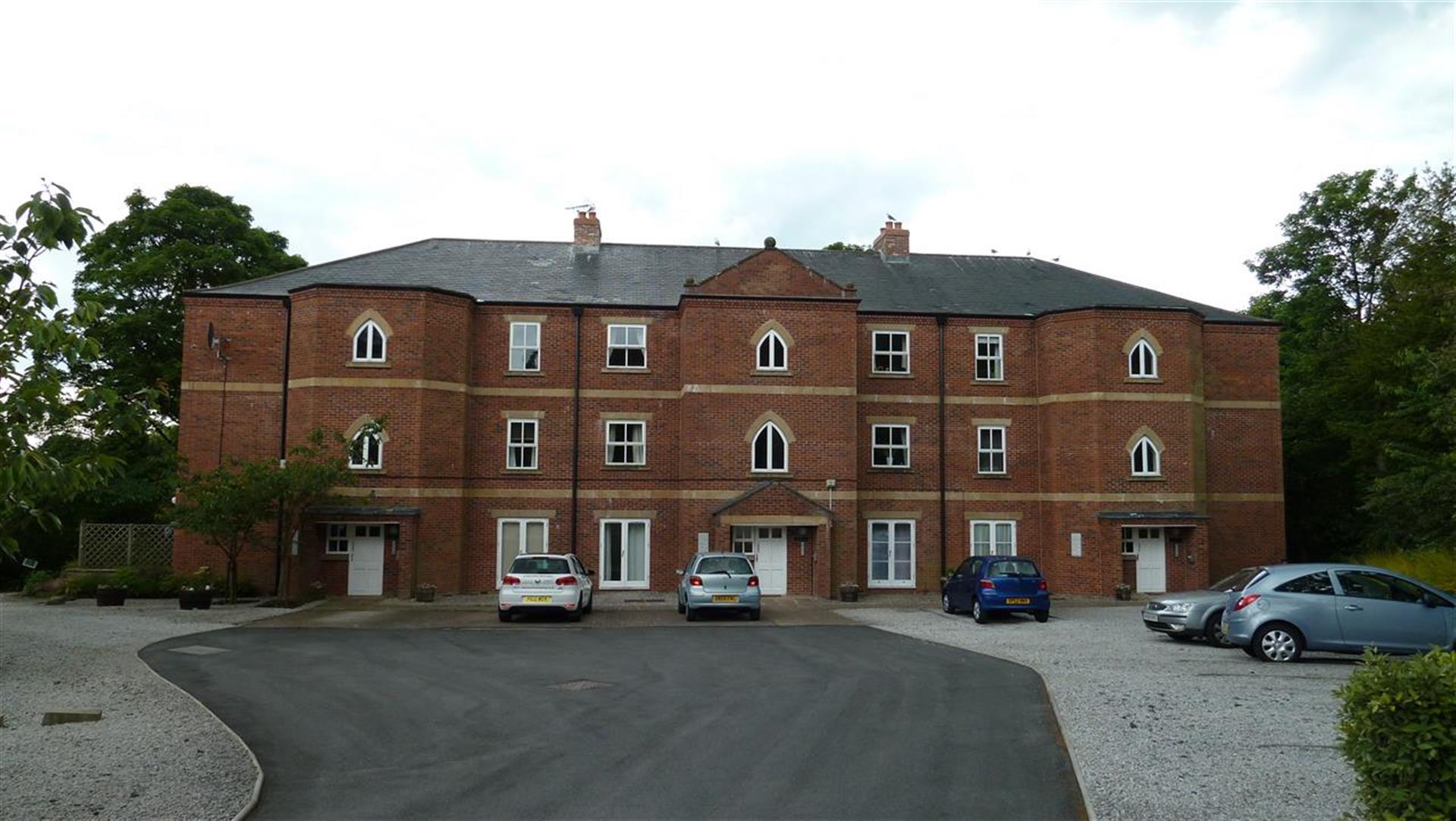 2 Bedroom Apartment Flat / Apartment To Rent - External