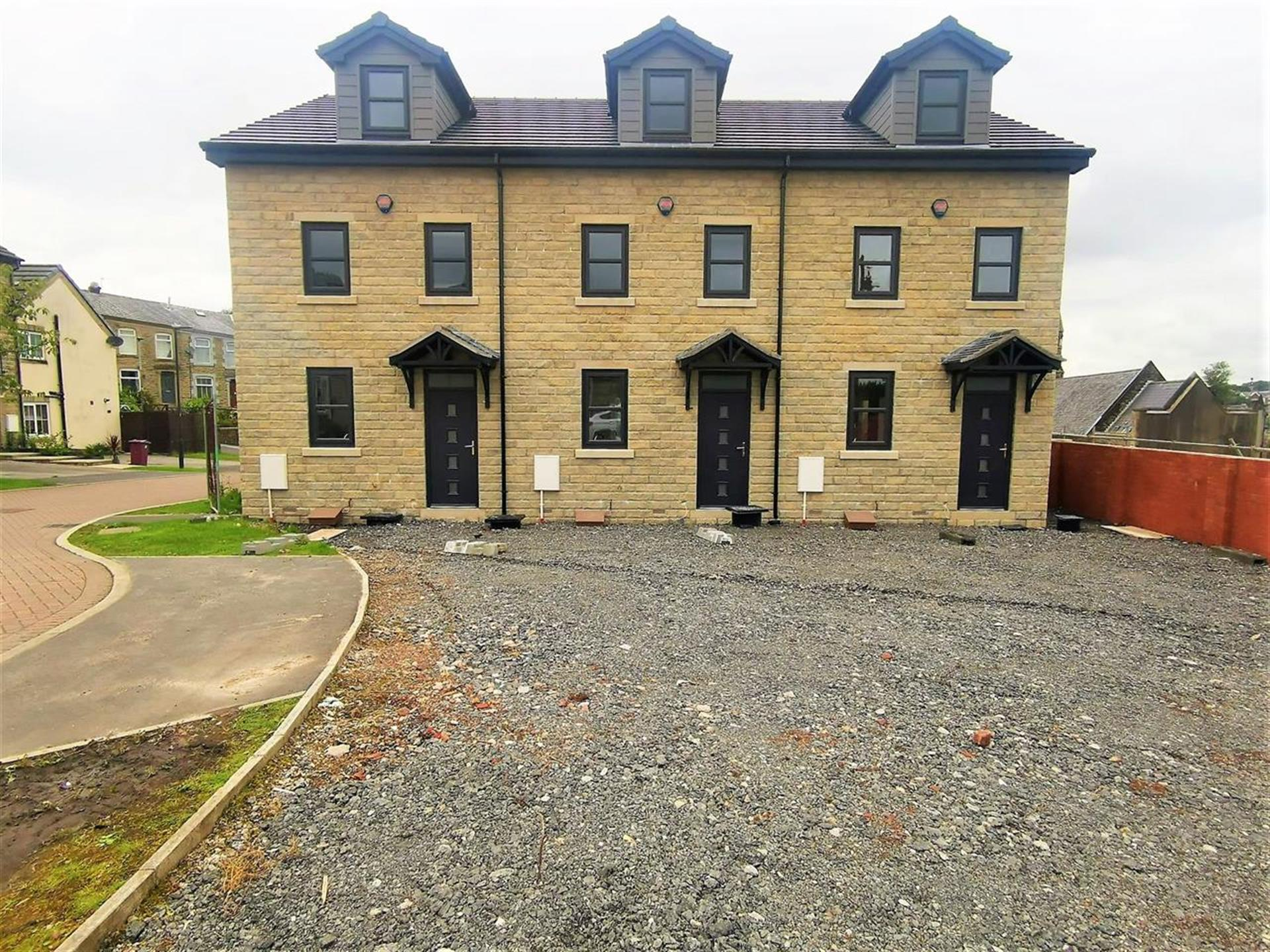 3 Bedroom House For Sale - External