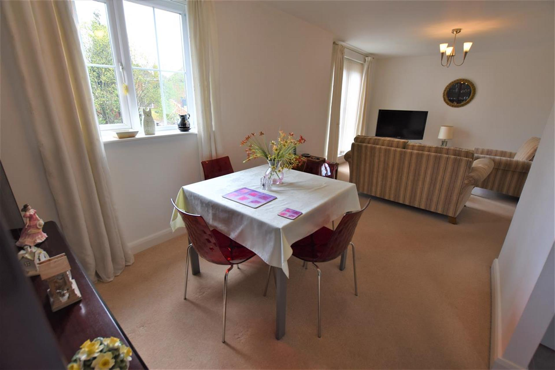 2 Bedroom Apartment Flat / Apartment For Sale - Dining Room