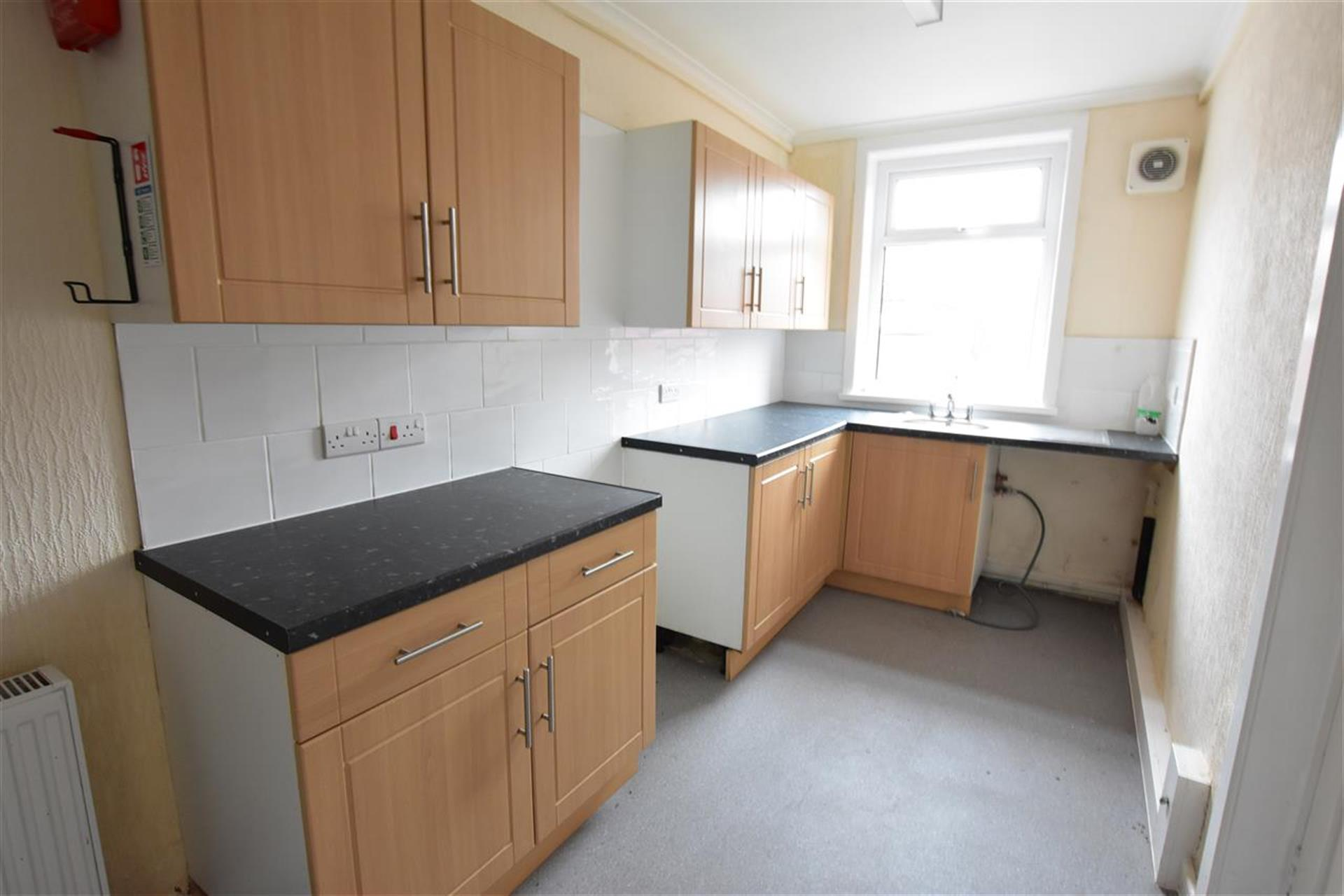 2 Bedroom Terraced House For Sale - Kitchen