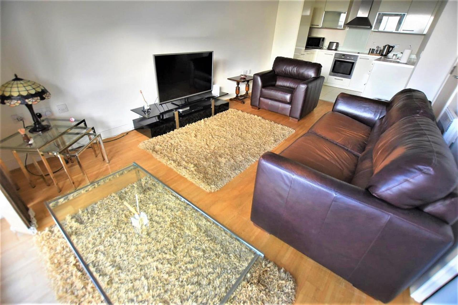 2 Bedroom Apartment Flat / Apartment For Sale - Lounge