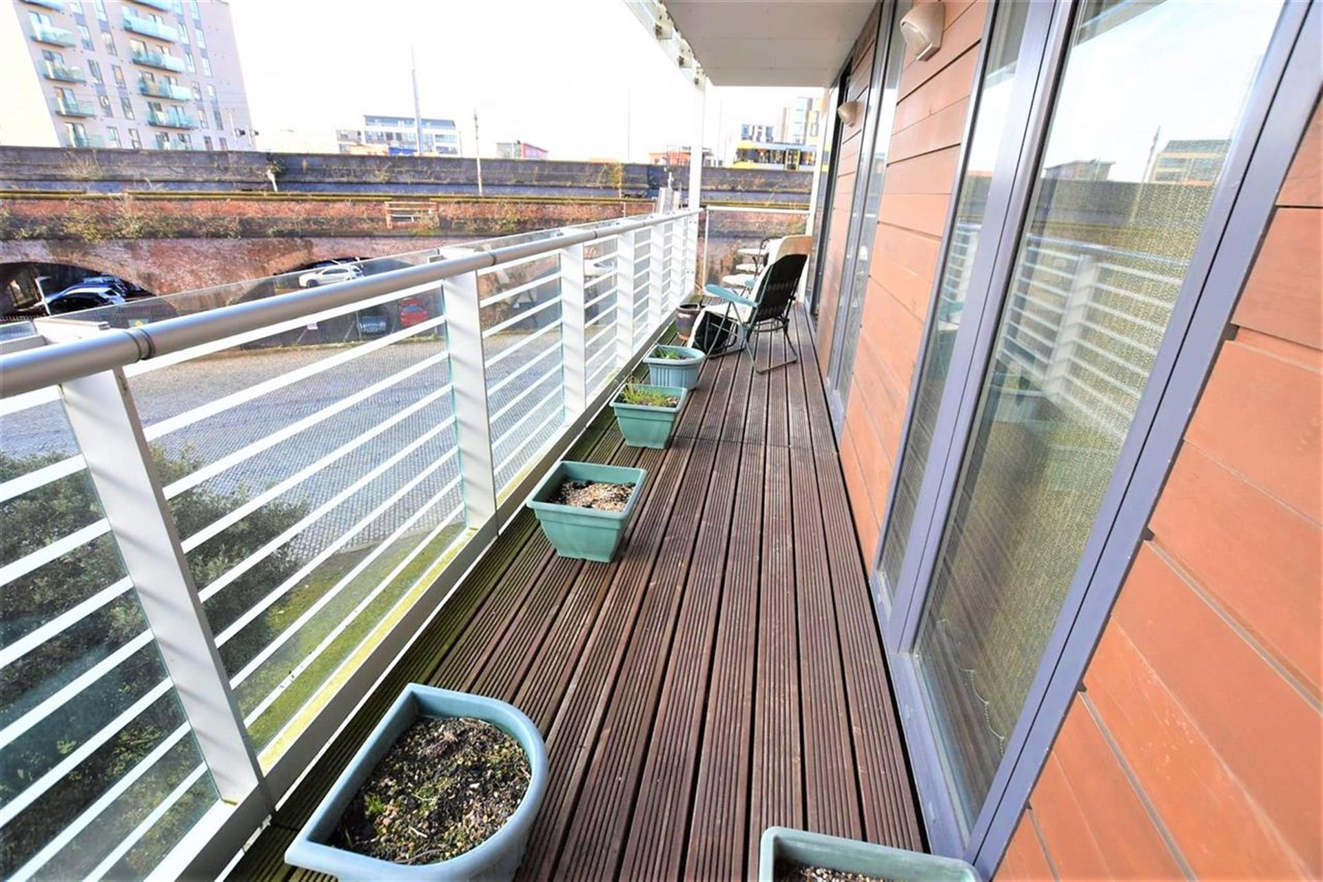 2 Bedroom Apartment Flat / Apartment For Sale - Balcony