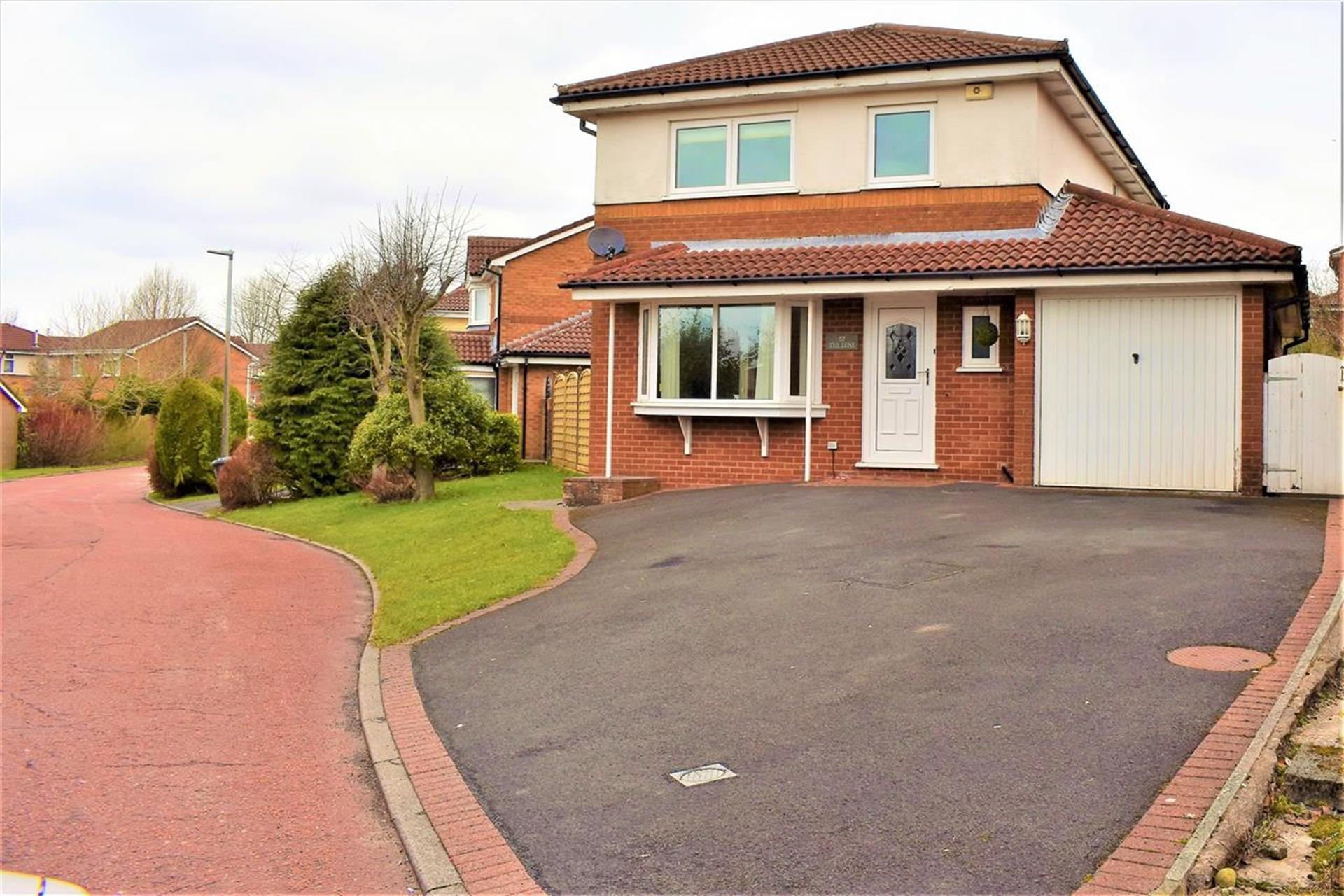 4 Bedroom Detached House For Sale - Main Picture