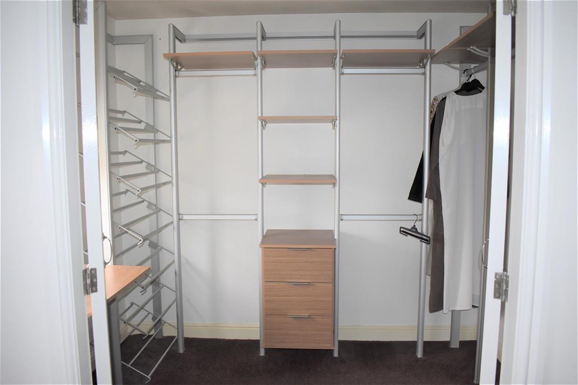 4 Bedroom Detached House For Sale - Bedroom 2