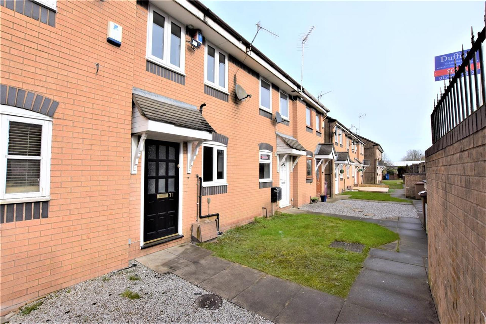 2 Bedroom Mews House For Sale - Main Picture