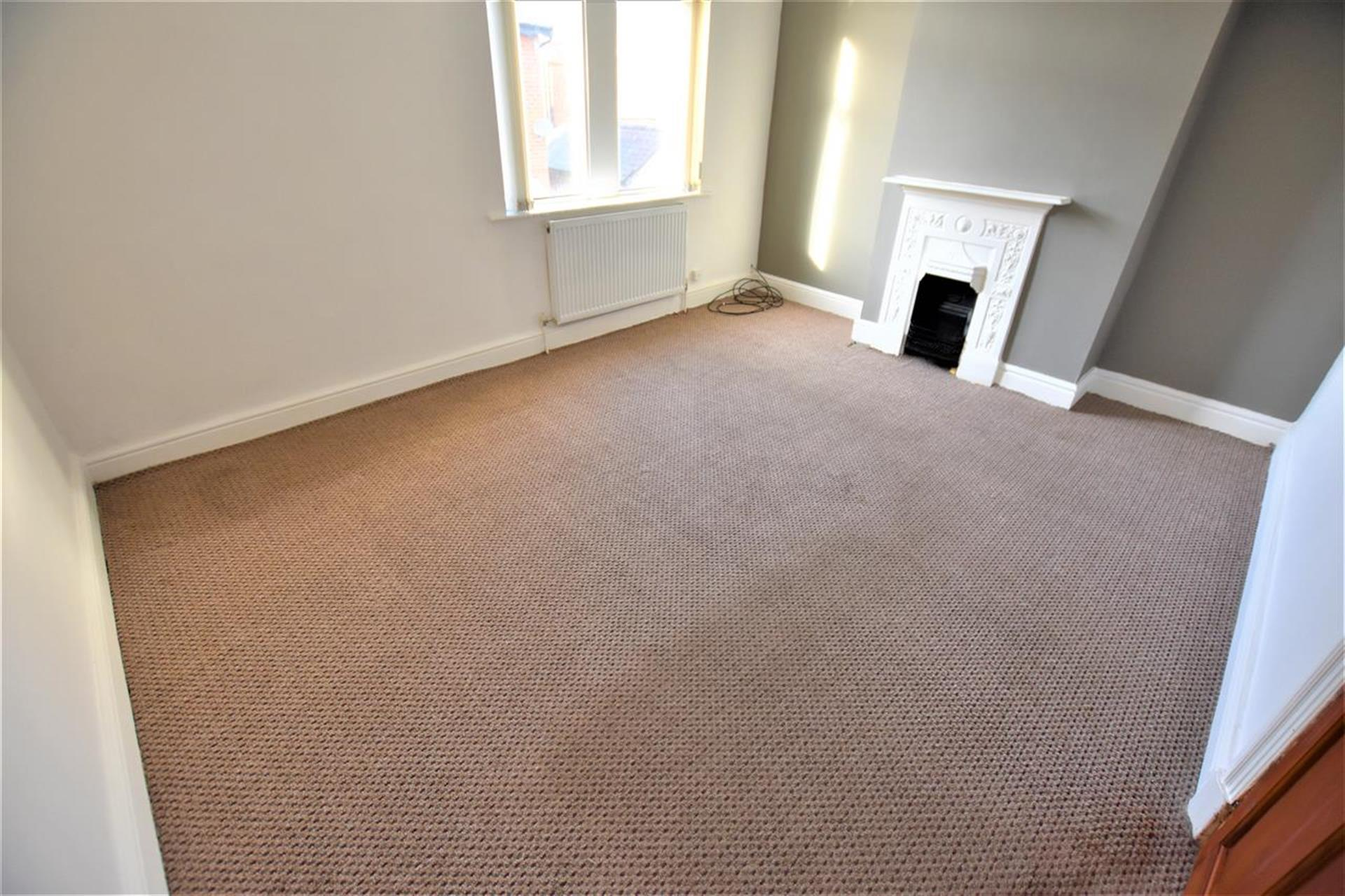 2 Bedroom End Terraced House For Sale - Master Bedroom