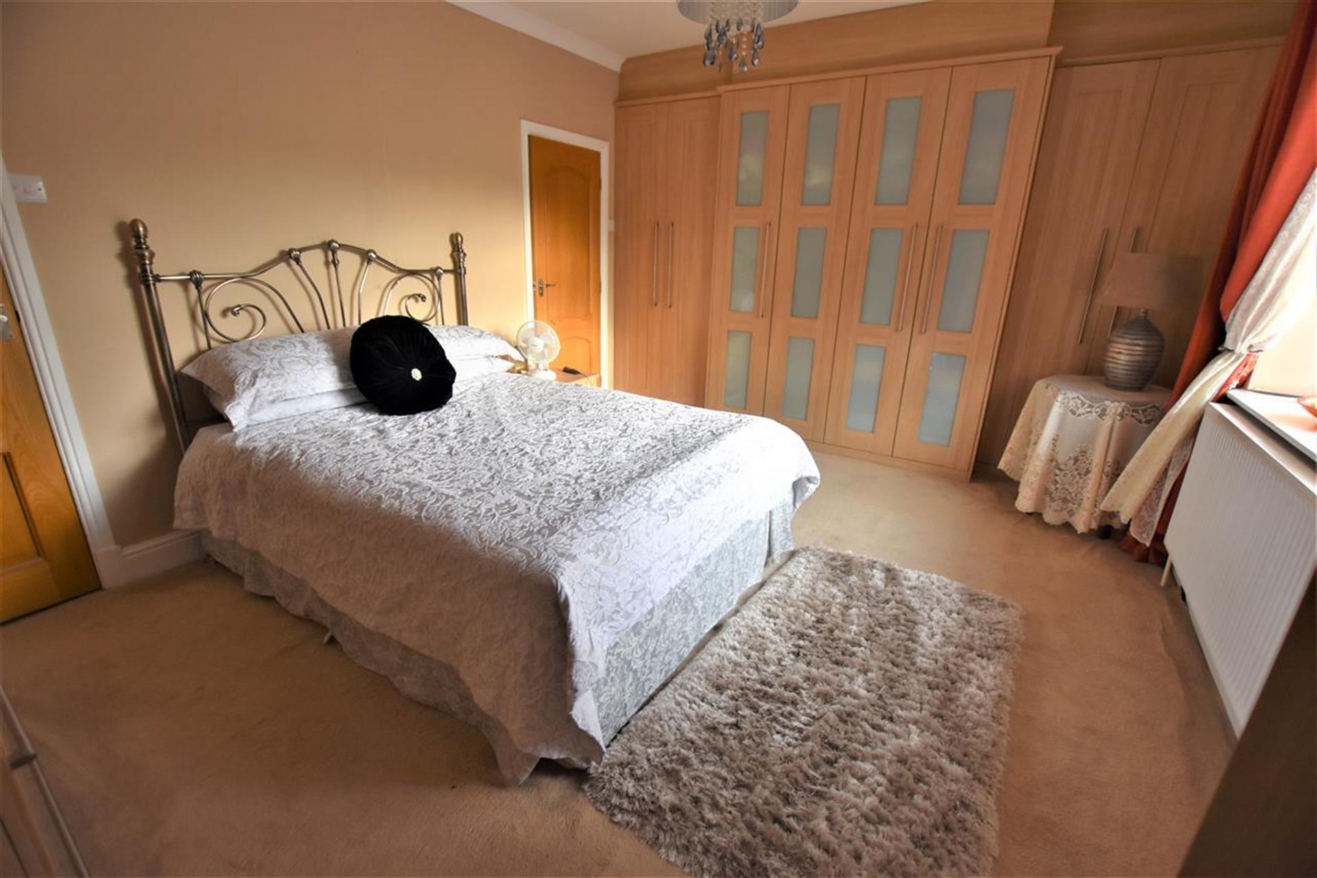 4 Bedroom Detached House For Sale - Master Bedroom
