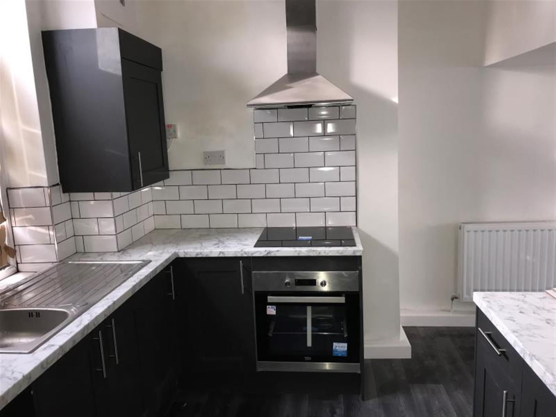 2 Bedroom Terraced House To Rent - Image 2