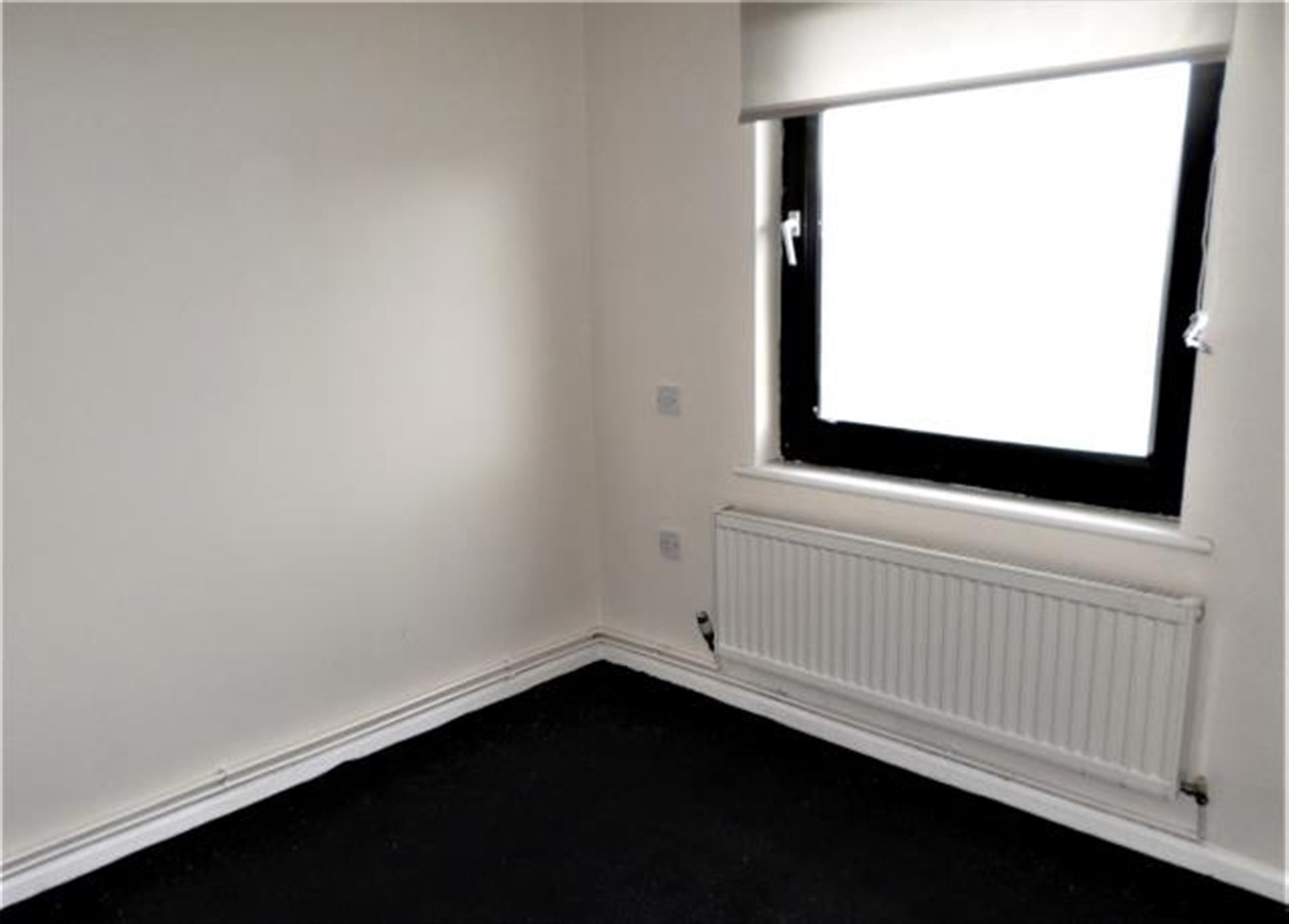 1 Bedroom Flat Flat / Apartment To Rent - Image 7